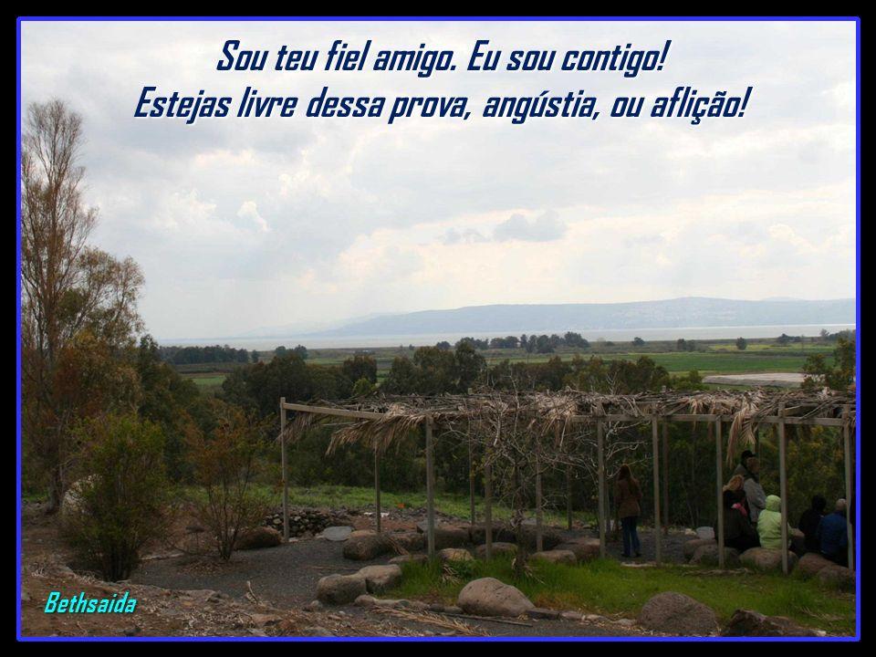 Bethsaida – (casa do pescador) – Cidade natal dos apóstolos: Pedro, André. Felipe e João. Aqui o Senhor alimentou 5.000 pessoas, multiplicando 5 pães
