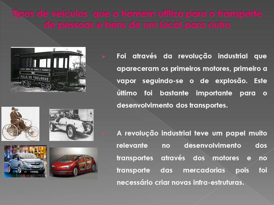 A carroça é um meio de transporte que antecede aos veículos movidos a carvão.