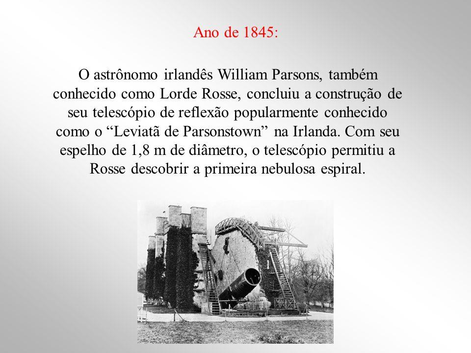 O astrônomo irlandês William Parsons, também conhecido como Lorde Rosse, concluiu a construção de seu telescópio de reflexão popularmente conhecido co