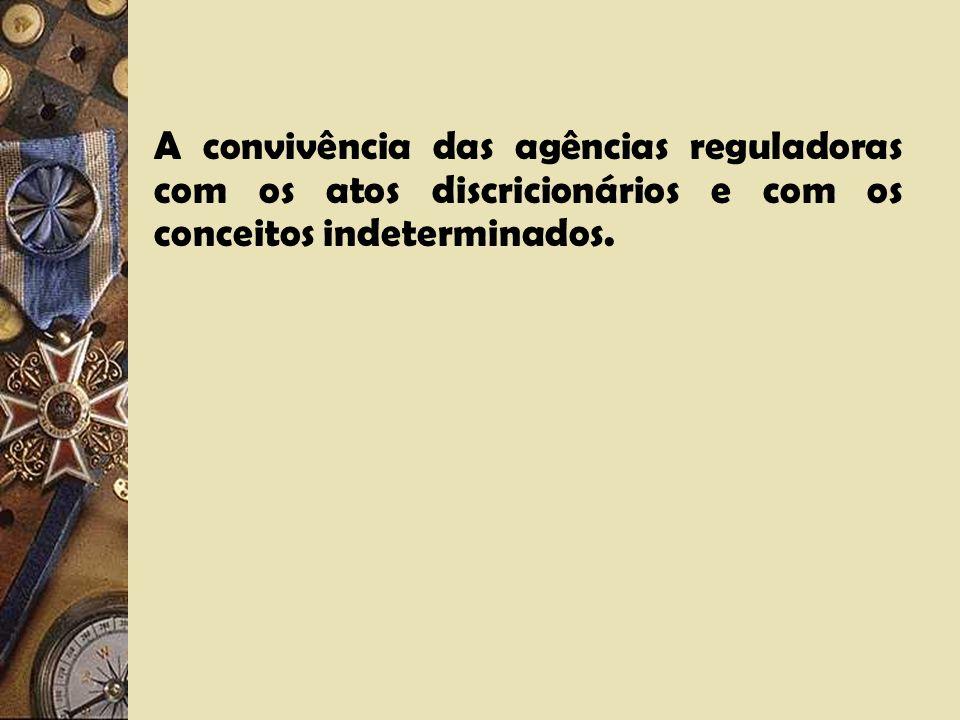 Características principais dos serviços públicos regulados nos modelos Europeu e Americano. a)Qualificação pelo legislador das atividades rotuláveis c