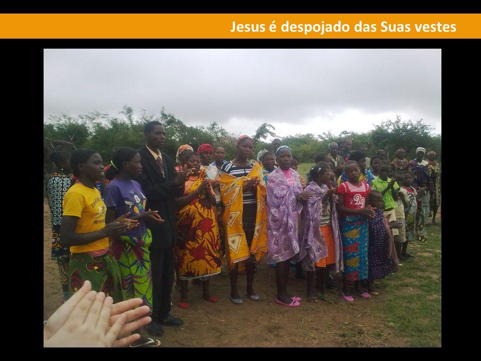 Jesus é despojado das Suas vestes