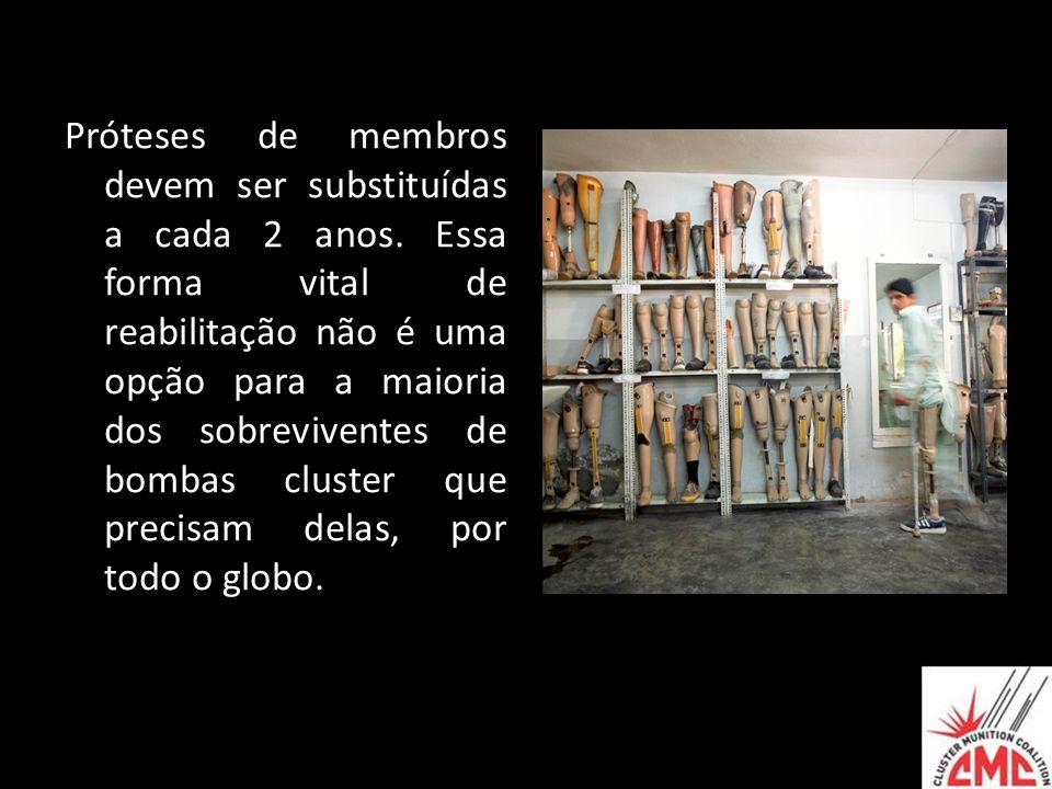 Próteses de membros devem ser substituídas a cada 2 anos. Essa forma vital de reabilitação não é uma opção para a maioria dos sobreviventes de bombas