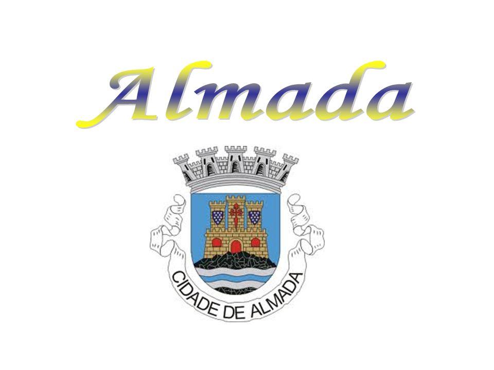 Gastronomia A gastronomia típica do concelho de Almada está ligada ao mar e seus produtos, devido à proximidade com o Atlântico.
