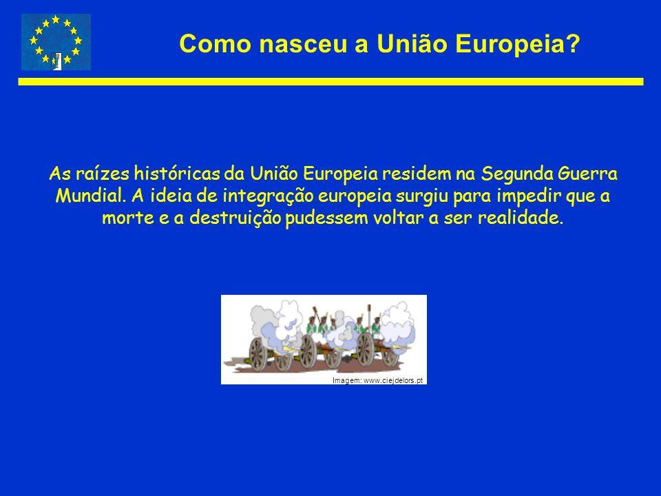 Como nasceu a União Europeia? As raízes históricas da União Europeia residem na Segunda Guerra Mundial. A ideia de integração europeia surgiu para imp