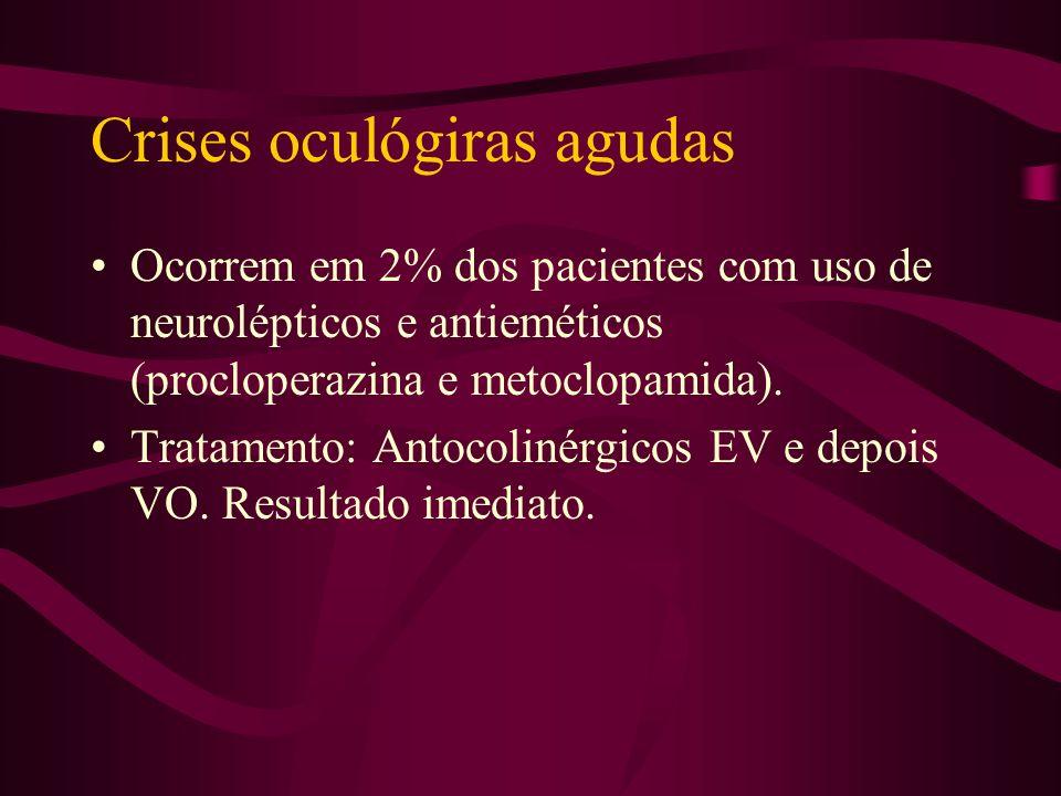 Discinesia tardia Aparece depois de muito tempo de uso dos neurolépticos. Uma forma característica é a discinesia orolingual que consiste em mastigar