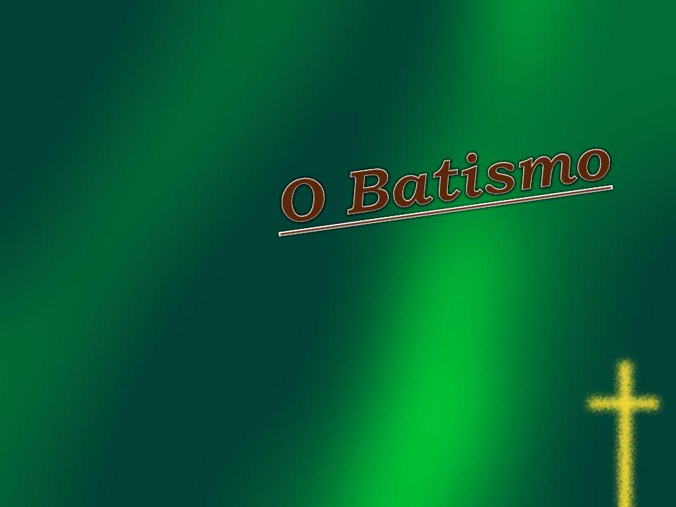O Batismo celebra-se num templo antes ou depois da Divina Liturgia na pia batismal.Em casos raros (doença) o Batismo ocorre em casa.