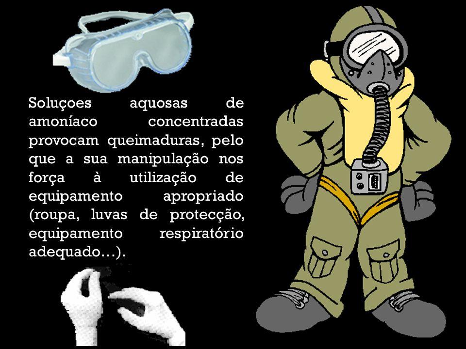 Soluções aquosas de amoníaco concentradas provocam queimaduras, pelo que a sua manipulação nos força à utilização de equipamento apropriado (roupa, lu