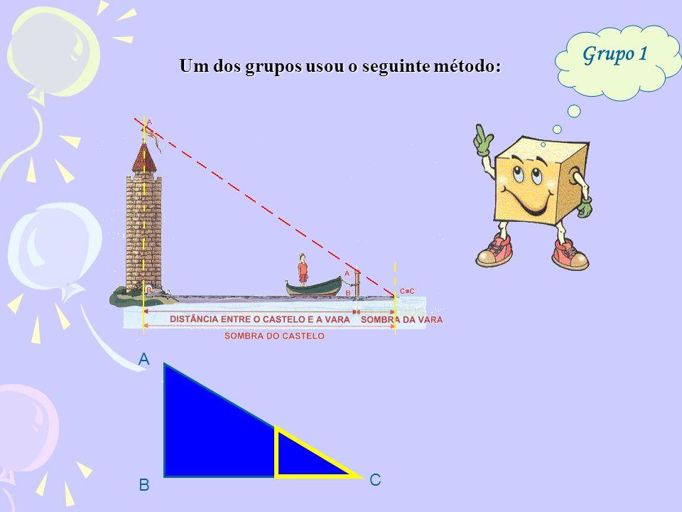 O triângulo e o triângulo são semelhantes, porque de um para o outro, têm dois ângulos iguais: (ângulos verticalmente opostos) <DOC <AOB a ) Os triângulos e são semelhantes.