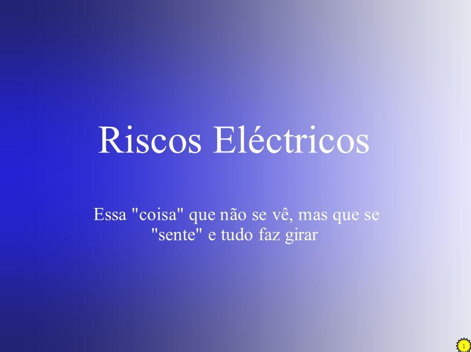 2 INTRODUÇÃO A electricidade é um perigo que os Bombeiros irão encontrar em muitas e variadas circunstâncias operacionais.