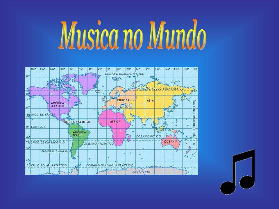 A musica em Africa é uma actividade comunitária.É praticada em quase todas as situações da vida.