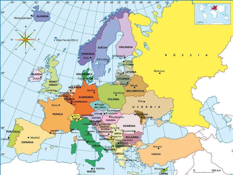 ESPAÇOS GEOGRÁFICOS MUNDIAIS Mapa político da Europa A EUROPA POLÍTICA A Europa é constituída por 46 países.