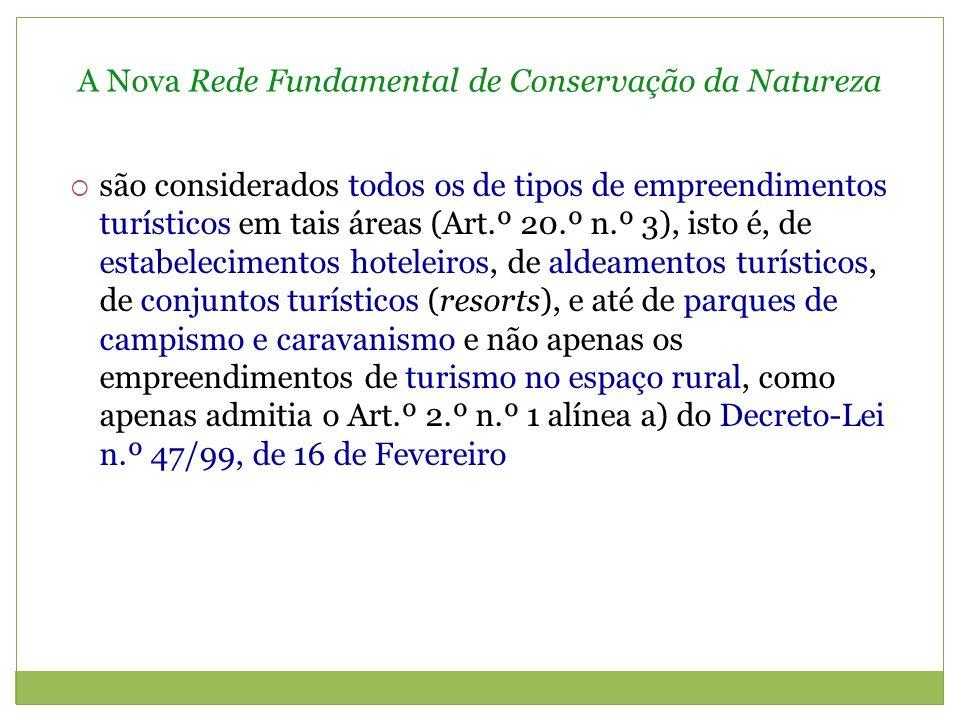 A Nova Rede Fundamental de Conservação da Natureza Entretanto, foi publicada o Decreto-Lei n.º 142/2008, de 24 de Julho, que estabelece o Novo Regime Jurídico da Conservação da Natureza e da Biodiversidade mantém em vigor os regimes especiais relativos à Reserva Ecológica Nacional, à Reserva Agrícola Nacional, ao Domínio Público Hídrico e também à Rede Natura 2000, designadamente (Art.º 1.º n.º 2 e 25.º) acentua a consideração da necessidade de compatibilizar a protecção da natureza com o desenvolvimento do território, acentuando os princípios da função social e pública do património natural e da sustentabilidade (Art.º 4.º alíneas a) e b)
