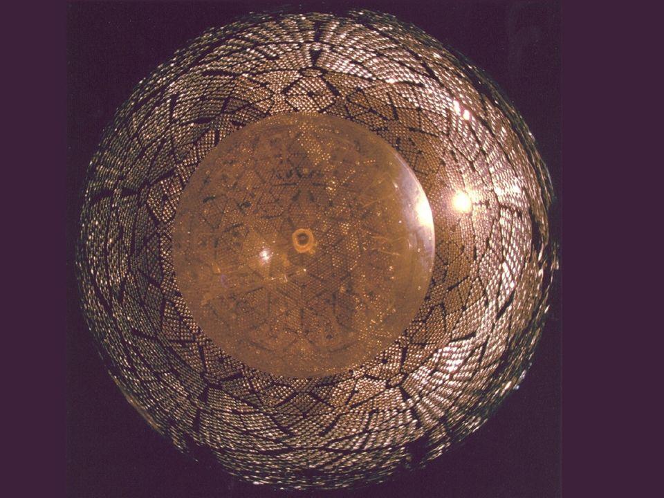 Física underground de neutrinos, aula 2 SNO: detector, calibrações e resultados José Maneira (LIP-Lisboa) Física Experimental (de Partículas) Mestrado/Doutoramento em Física, FCUL LIP – 20 de Dezembro de 2006