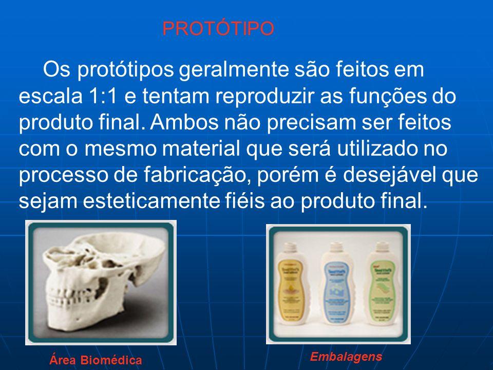 Os protótipos geralmente são feitos em escala 1:1 e tentam reproduzir as funções do produto final. Ambos não precisam ser feitos com o mesmo material