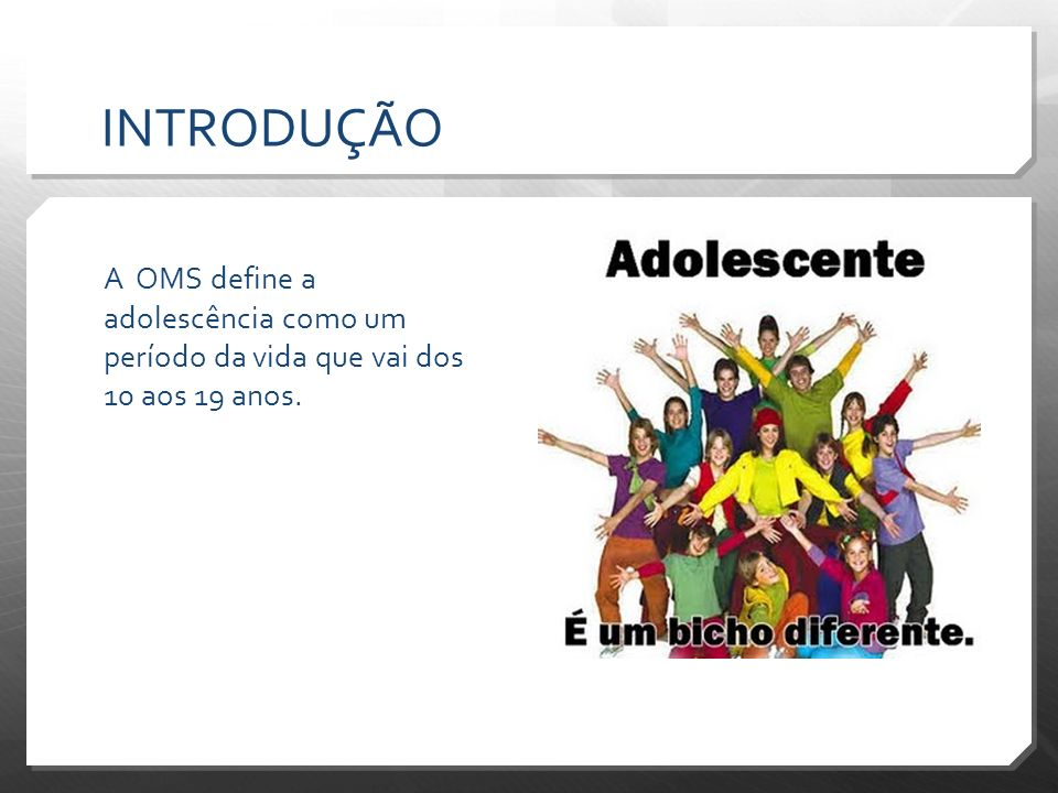 INTRODUÇÃO Transmissão vertical do HIV é a situação em que a criança é infectada pelo vírus da AIDS durante a gestação, o parto ou por meio da amamentação; A taxa de transmissão vertical do HIV antes de 1994 variava de 15 a 42% (OMS, 2010) No Brasil, de janeiro de 1983 a junho de 2009, foram notificados 12209 casos de AIDS em menores de 13 anos de idade devido à transmissão vertical.