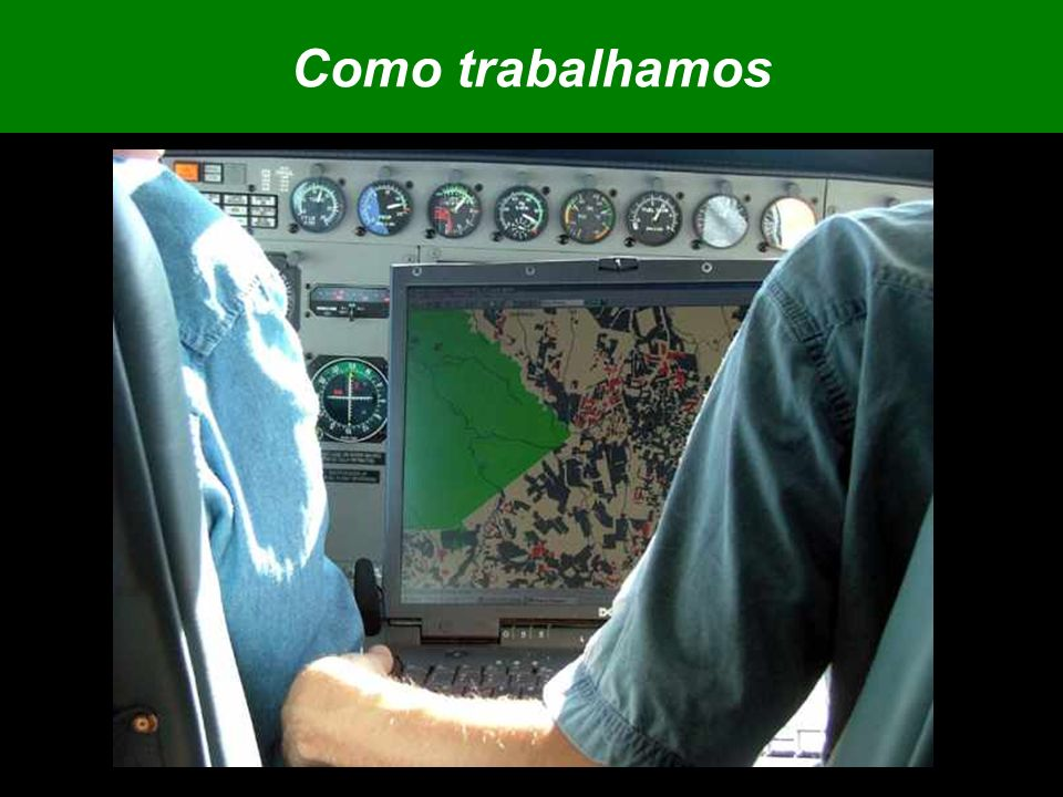 Plano de ação para a prevenção e controle do desmatamento na Amazônia legal - 2004 Junho a Agosto são os meses de maior desmatamento Algumas unidades do Ibama e Incra estão em greve Acumulado Set 2004-Maio 2005: 5.866 km2