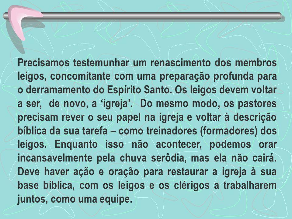 A Parábola dos Talentos O pai de família na parábola não diz aos servos como devem usar os dons.