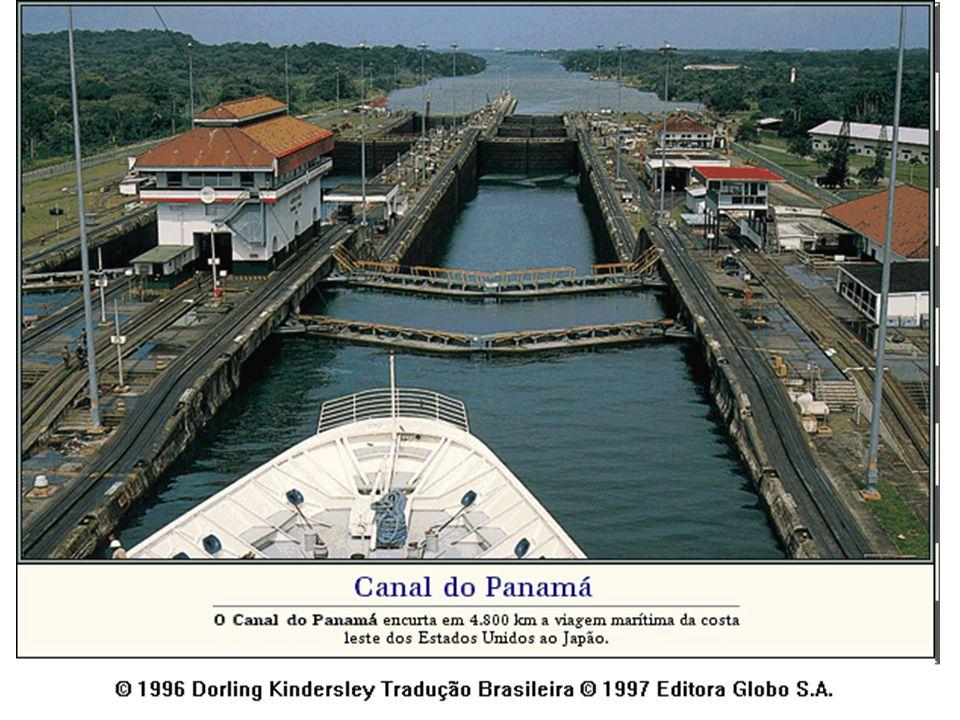 Em 1903, os EUA fomentam a independência do Panamá e no mesmo ano, compram do Panamá a concessão para retomar as obras do canal, inaugurado em 1914.