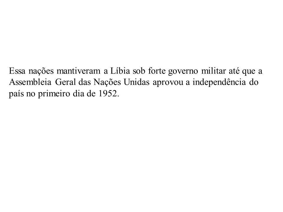 em 1953, a Líbia firmou acordos para a implantação de bases estrangeiras em seu território.