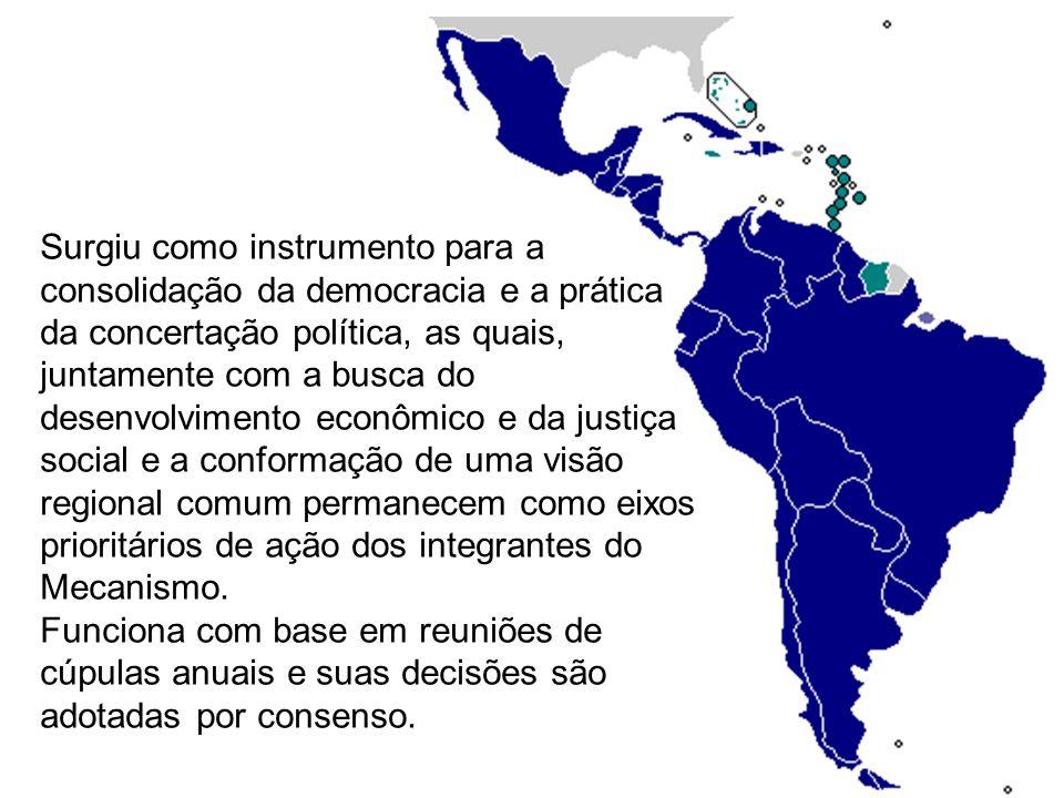 23 de fevereiro, 2010 Cúpula em Cancún aprova novo bloco regional O bloco seria uma alternativa à Organização dos Estados Americanos (OEA) – o principal fórum das relações regionais nos últimos 50 anos.