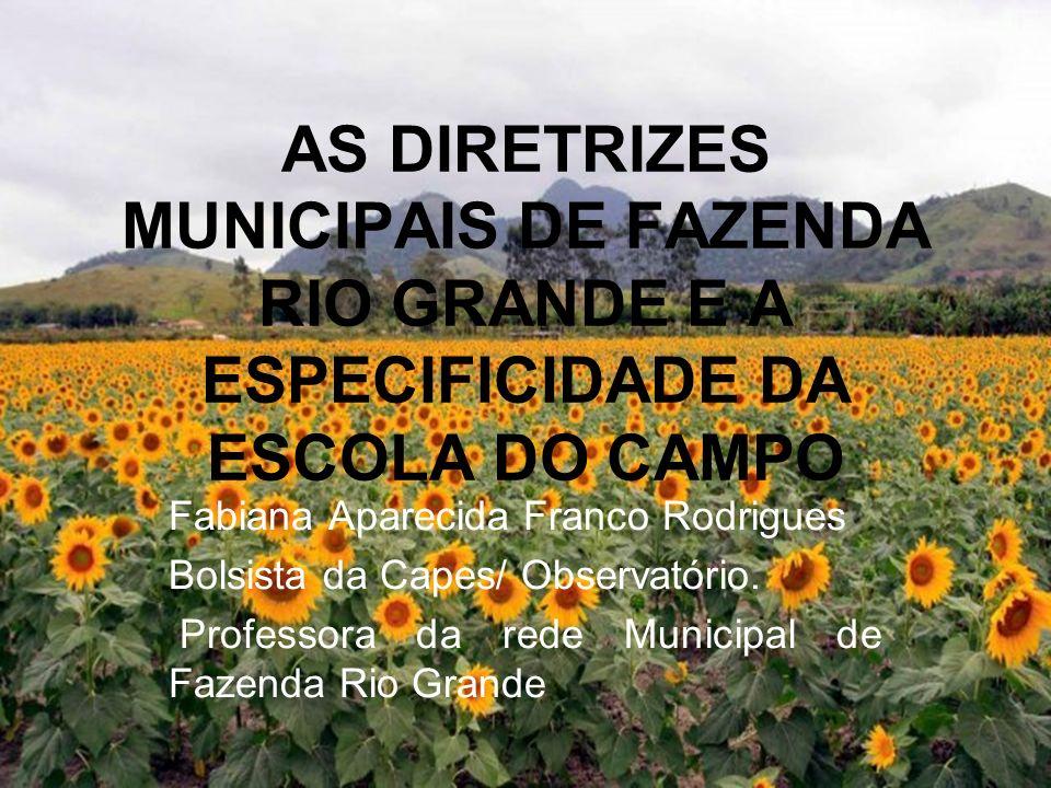 SOARES, M. Letramento: um tema em três gêneros. 3° Ed. Belo Horizonte: Autêntica, 2009.