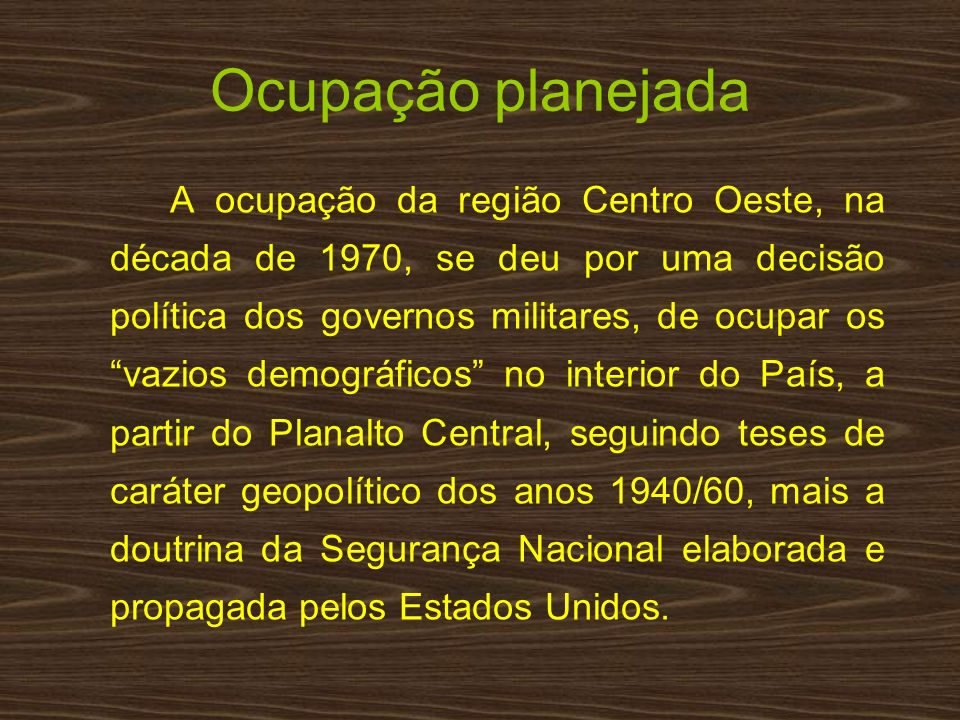 Gov.Médici – operou a ocupação Programa de Integração Nacional (PIN) jun/70: rodovias Transamazônica, Manaus-Porto Velho e Cuiabá- Santarém Criação do Incra (9/7/70): colonização com pobres do Sul nas margens das estradas recém-construídas Programa de Redistribuição de Terras e de Estímulo à Agroindustrialização do Norte e Nordeste (Proterra) Programa de Incentivo Fiscal p/ empresas investirem (IR) no Centro-Oeste e Norte: Varig, Silvio Santos (Tamakavy), BCN, Bradesco, Bamerindus, Real, Volkswagen, Supergasbras (ENI), Consag, Camargo Correa...