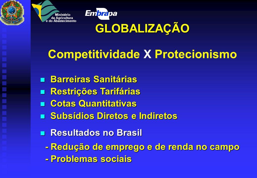 A globalização resulta da conjunção de 3 forças poderosas: 1 - a terceira revolução tecnológica; 2 - formação de áreas de livre comércio e blocos econ