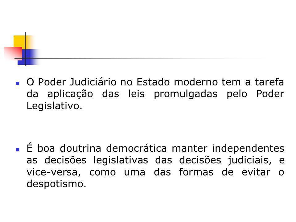 SÍMBOLOS DA JUSTIÇA ESPADA BALANÇA DEUSA DE OLHOS VENDADOS DEUSA DE OLHOS ABERTOS