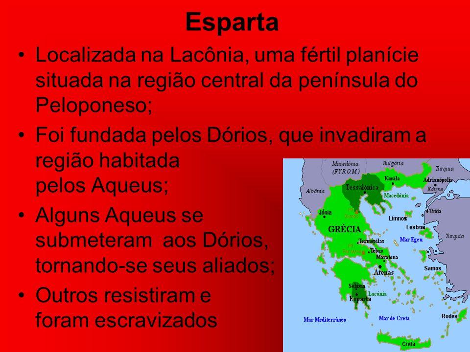 As terras conquistadas foram divididas entre os guerreiros; Constituindo-se as explorações familiares, base do sistema gentílico do período Homérico; A propriedade da terra era coletiva e o regime patriarcal;