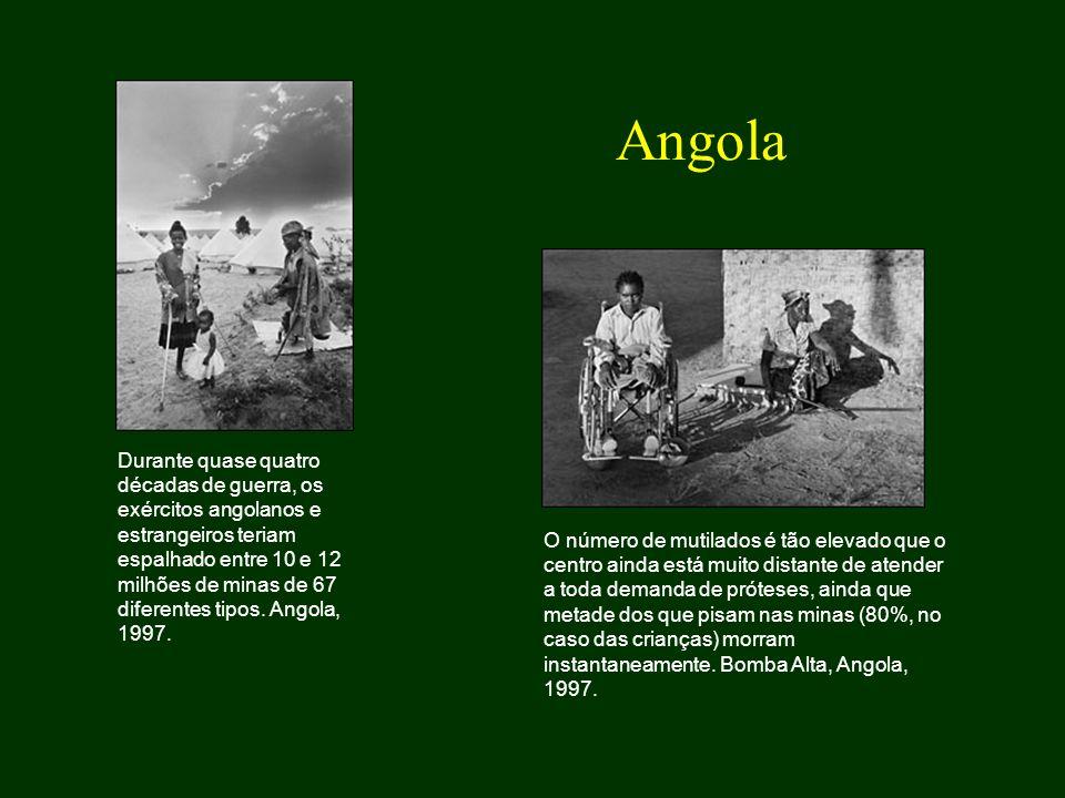 Durante quase quatro décadas de guerra, os exércitos angolanos e estrangeiros teriam espalhado entre 10 e 12 milhões de minas de 67 diferentes tipos.