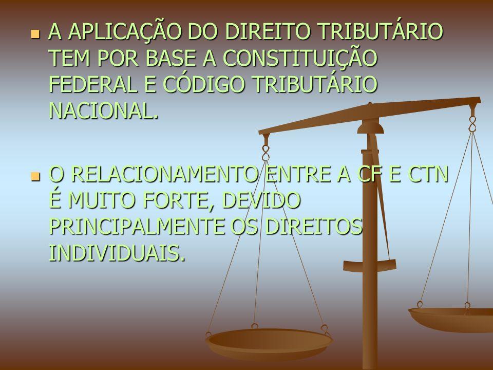 OS CRIMES TRIBUTÁRIOS COMPORTAM UMA DIVISÃO ENTRE O CONTRIBUINTE CIVIL E O FUNCIONÁRIO PÚBLICO.