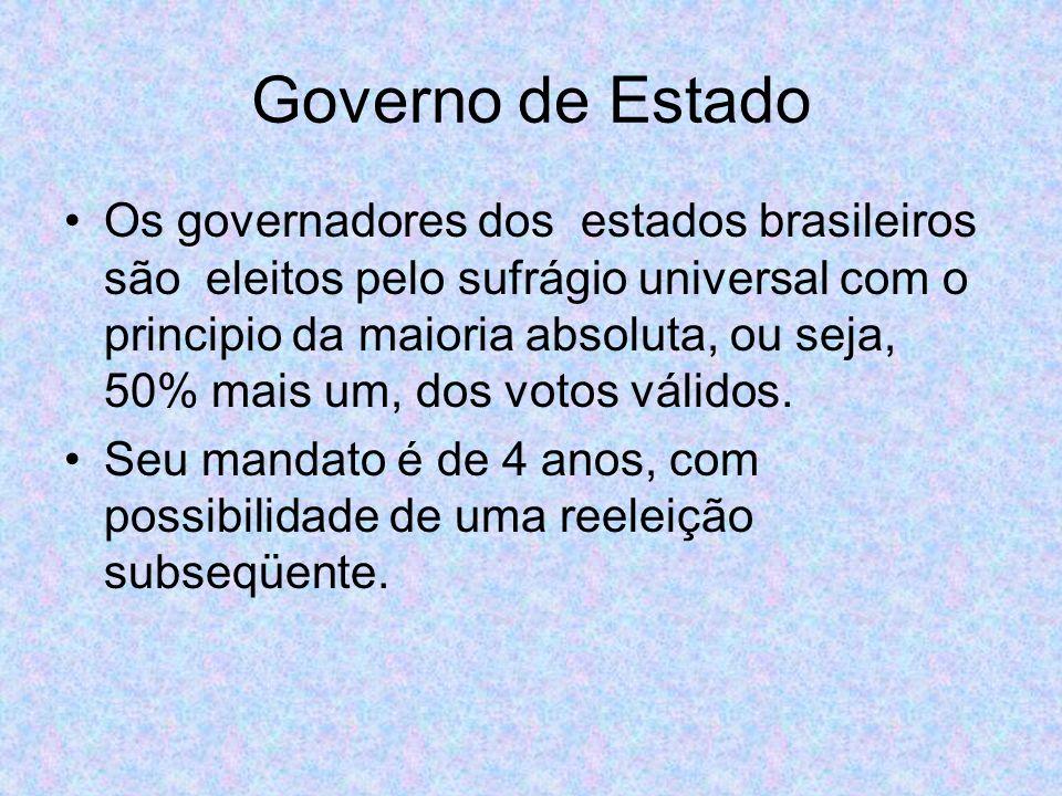 Sua função é executar as políticas a nível de Estado, e são auxiliados por secretários de Estado escolhidos pelo governador eleito.