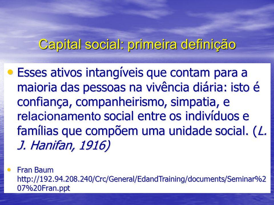 A religião do ijuiense 1968-2005 (%) 19682005 Católica73,661,8 Protestantes (evangélicos luteranos)16,95,8 Evangélicos (pentecostais) -23,0 Ateu1,12,5 Espírita1,90,5 Não respondeu0,24,0 Outros6,32,5 TotalN= 367 400 Fonte: Trindade (1968) e dados elaborados pelo autor a partir da Pesquisa: Desenvolvimento Sustentável e Capital Social - NIEM/ NUPESAL/ UNIJUÍ - 2005