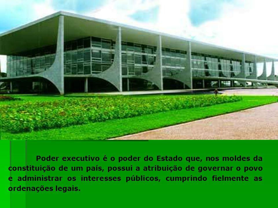 O Congresso Nacional é o órgão constitucional que exerce, no âmbito federal, as funções legislativas e fiscalizatória do Estado Brasileiro, como funções típicas.