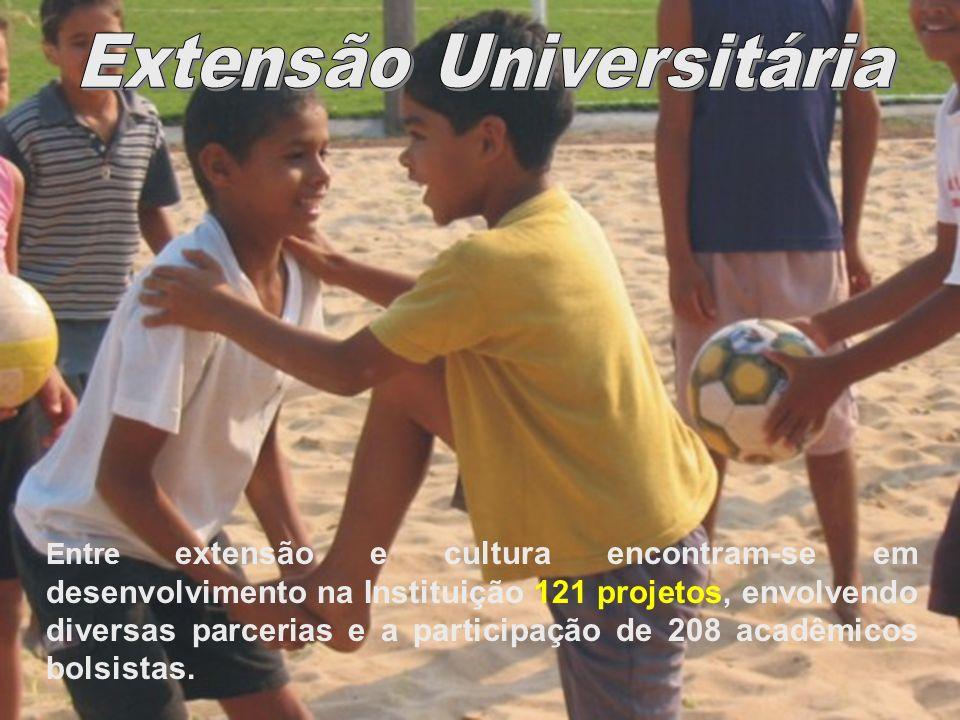 Assecom /Unemat Entre extensão e cultura encontram-se em desenvolvimento na Instituição 121 projetos, envolvendo diversas parcerias e a participação d