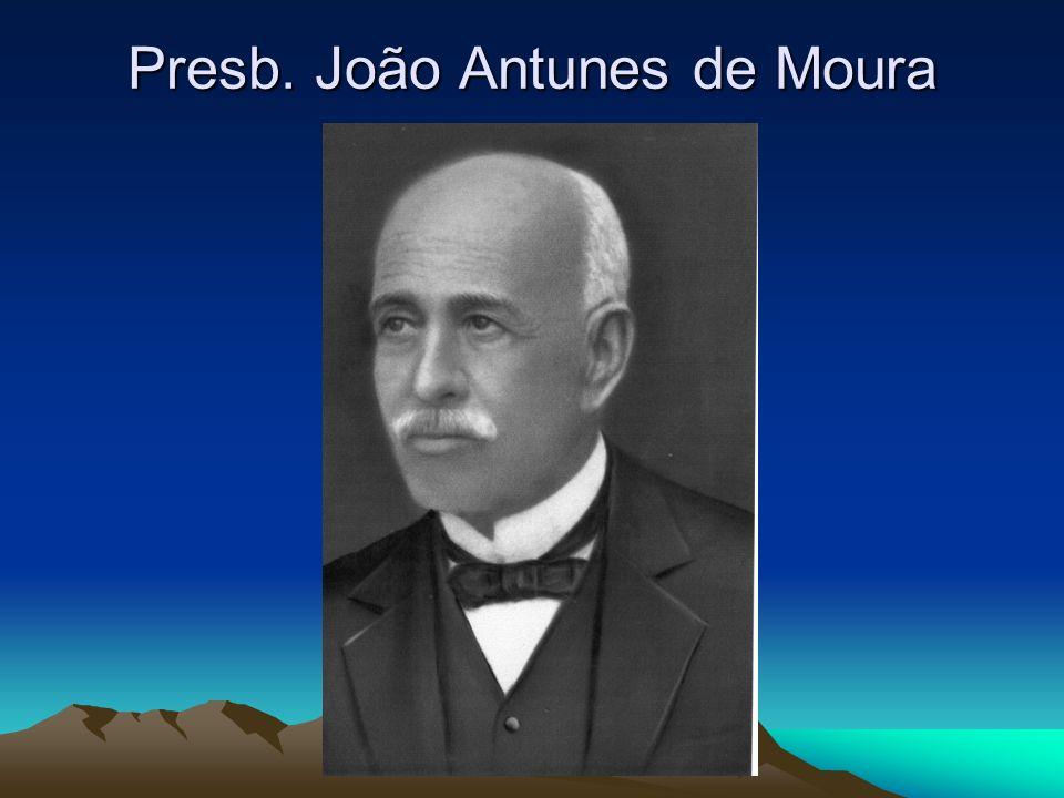 Na década de 1890, Landes residiu em Ponta Grossa e Castro.