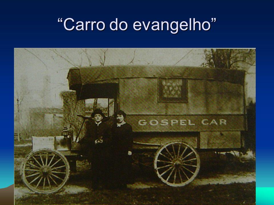 Controvérsias Desde o início, o movimento pentecostal foi diversificado e polêmico.
