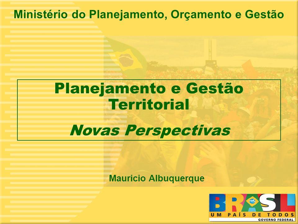 2 Horizontes do Planejamento PLANEJAMENTO DE LONGO PRAZO Estrategias para o desenvolvimento em base territorial PLANO PLURIANUAL Programas E Ações ORÇAMENTO ANUAL Programas e ações PROGRAMAS ESTRUTURANTES NORMATIVOINDICATIVO 1 4 8-20 ANOS