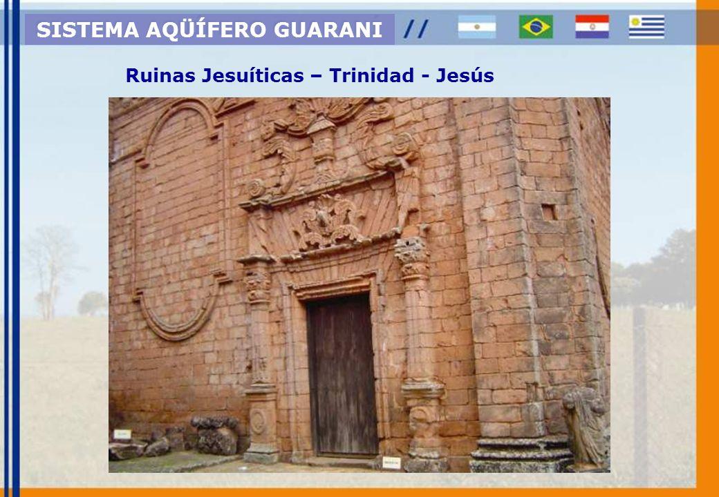 Afloramiento Basalto - Fm. Serra Geral SISTEMA AQÜÍFERO GUARANI