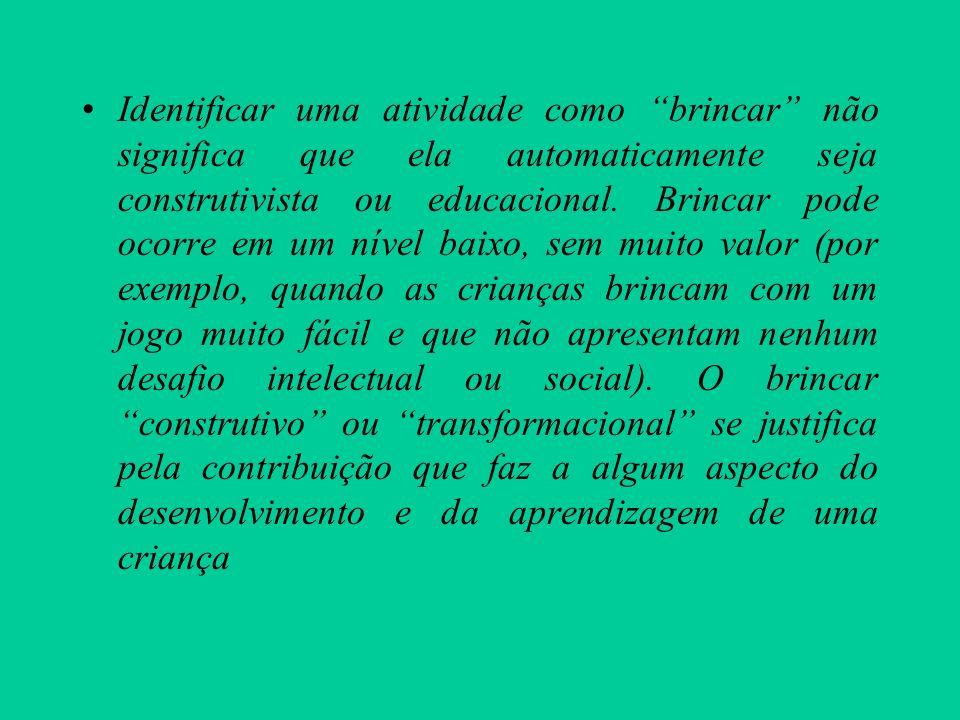 O papel do professor Muitos são calorosos e incentivadores, mas muitos são controladores (moderadamente autoritários).