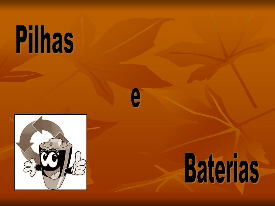 A pilha é um gerador químico, isto é, transforma energia química em energia elétrica, ou seja uma mini usina portátil.