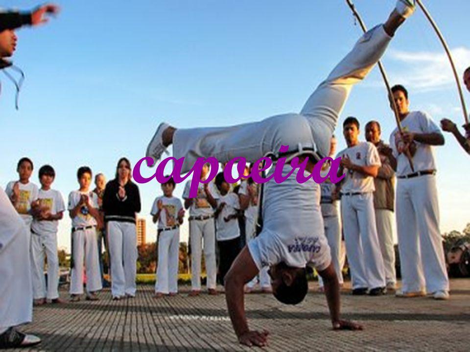 Raízes africanas A história da capoeira começa no século XVI, na época em que o Brasil era colônia de Portugal.