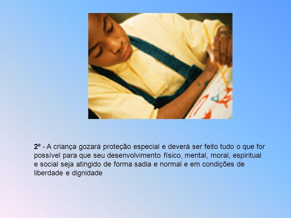 1º - Toda criança, sem exceção, sem distinção ou discriminação de raça, cor, sexo, língua, religião, opinião política ou de outra natureza, origem nac