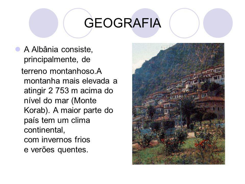 GEOGRAFIA A Albânia consiste, principalmente, de terreno montanhoso.A montanha mais elevada a atingir 2 753 m acima do nível do mar (Monte Korab). A m