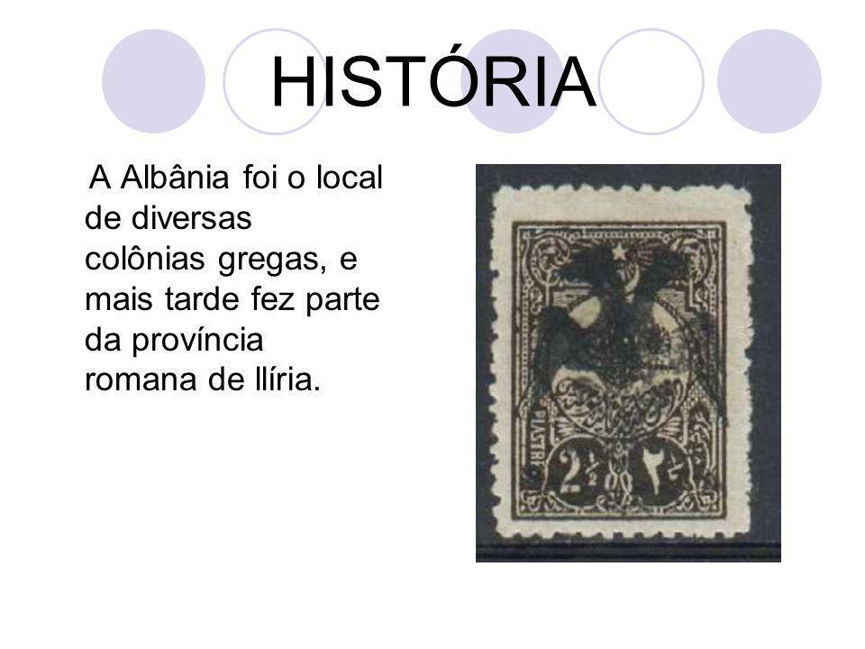 Após a primeira guerra balcânica, a Albânia declarou a independência do Império Otomano (1912), mas o país permaneceu instável.