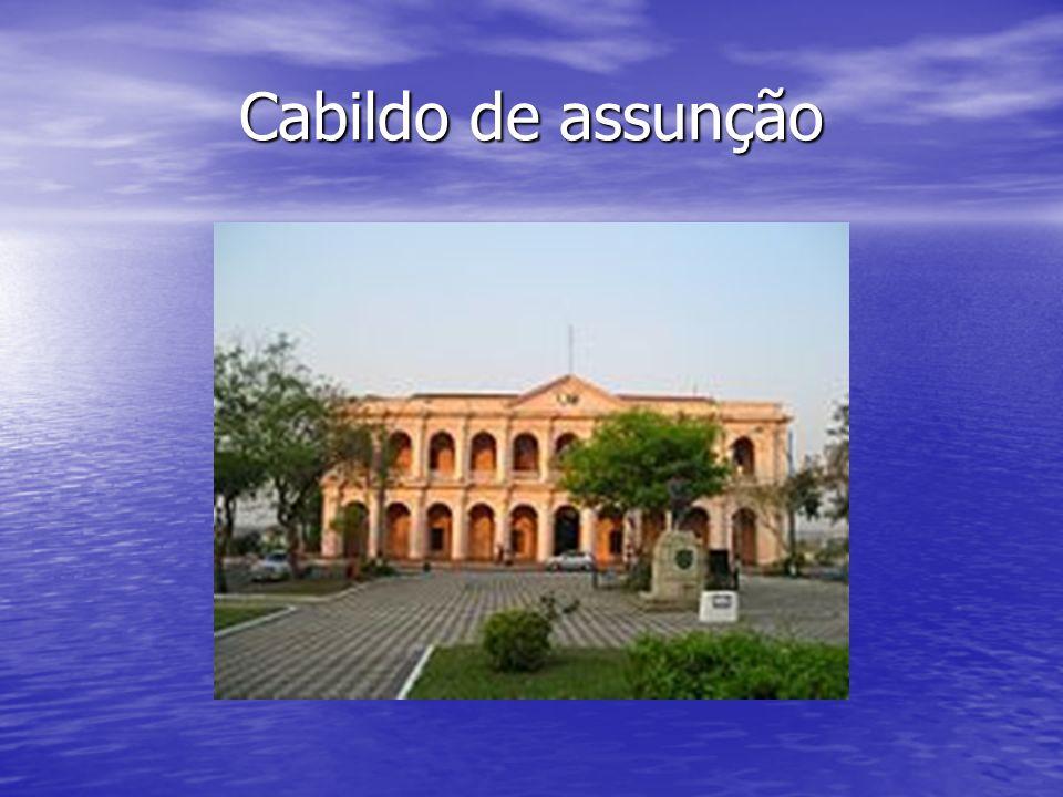 Independência À medida que Buenos Aires tornava-se mais poderosa, os líderes paraguaios insurgiam-se contra o declínio da importância de sua província e, embora também contestassem a autoridade espanhola, recusaram-se a aceitar a declaração de independência da argentina com o extensiva ao Paraguai.