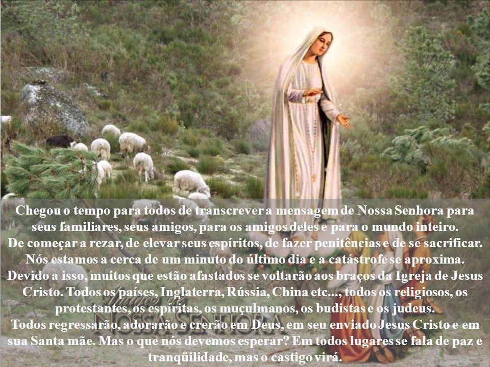 O Padre Agustín que reside em Fátima, diz que o Papa Paulo VI lhe deu permissão de visitar a irmã Lúcia, já que ela era monja de clausura, e não podia