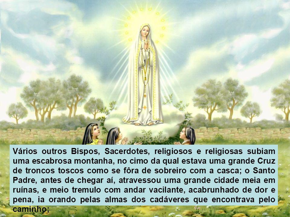 O Anjo apontando com a mão direita para a terra, com voz forte disse: Penitência, Penitência, Penitência! E vimos n'uma luz imensa que é Deus: