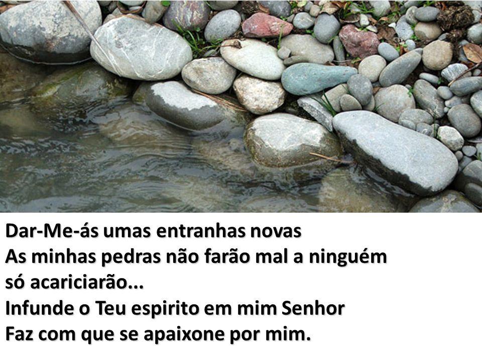 Tu és a água viva (Tu és a água viva) Tu és a água pura (Tu és a água pura) Inunda-me, inunda-me E tudo se transformará em Mim.