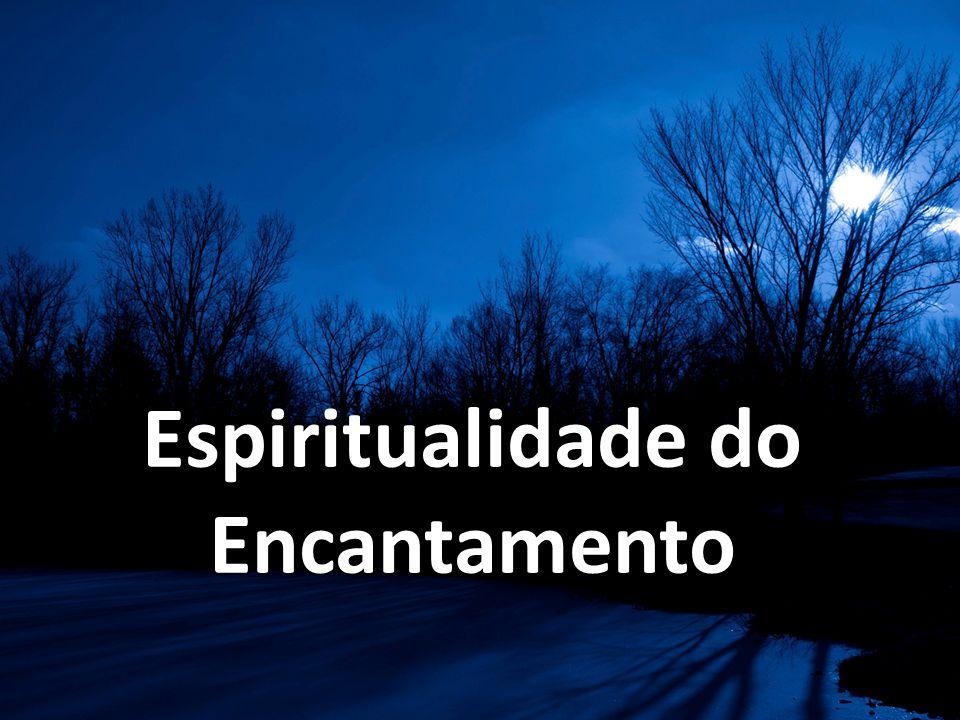 Para a pessoa que vive a experiência dos Exercícios, cada criatura torna- se uma irradiação de Deus, um lampejo do Absoluto, um recipiente onde se conservam gotas de transcendência.